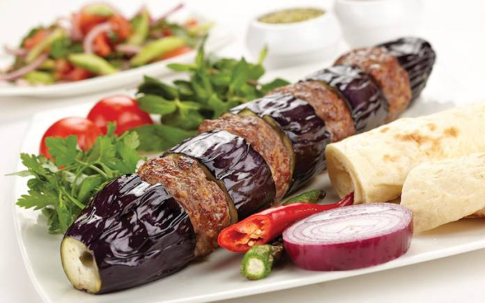 ggplant kebab with yoghurt marinated chicken; Patlicanli Kebap