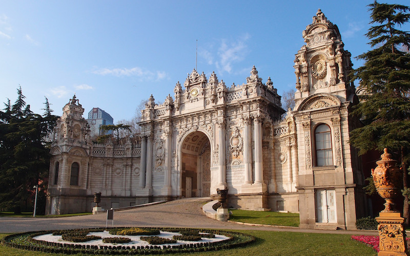 7 Best Museums to visit in Istanbul - Dolmabahce Palace