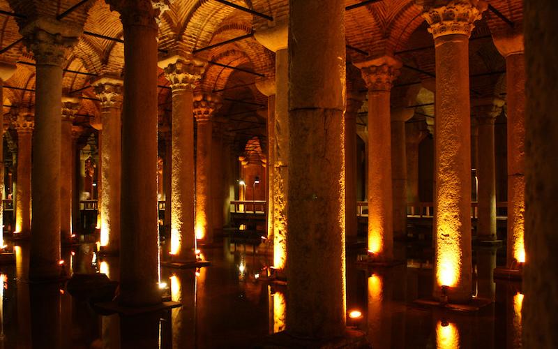 7 Best Museums to visit in Istanbul - Basilica Cistern Yerebatan Sarnıcı